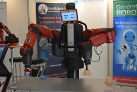 Baxter sur le stand de Génération Robots lors de RoboBusiness Europe 2014