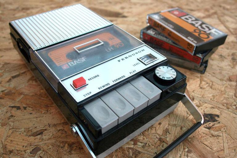 Generation-robots-blog-lecteur-cassette-compatible-spotify