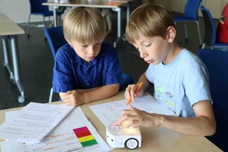 Inirobot-thymio-in-Schools