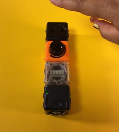 Robots Cubelets programmables