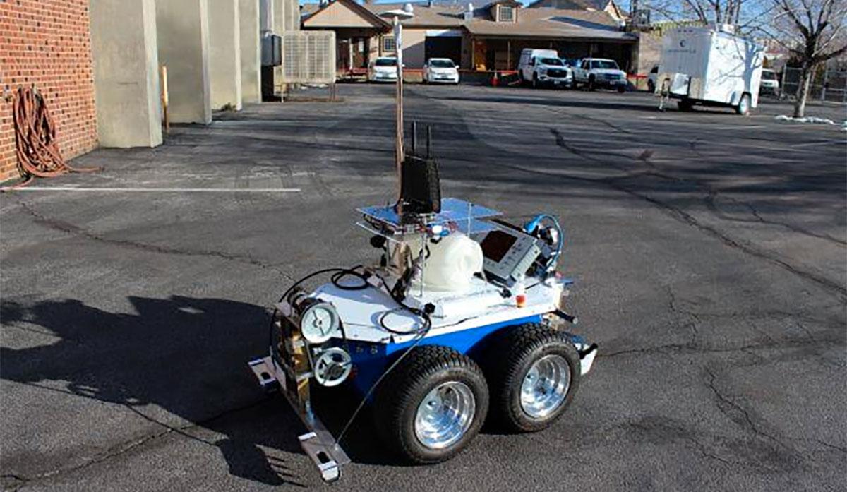 seekur-robot-bridge-inspection