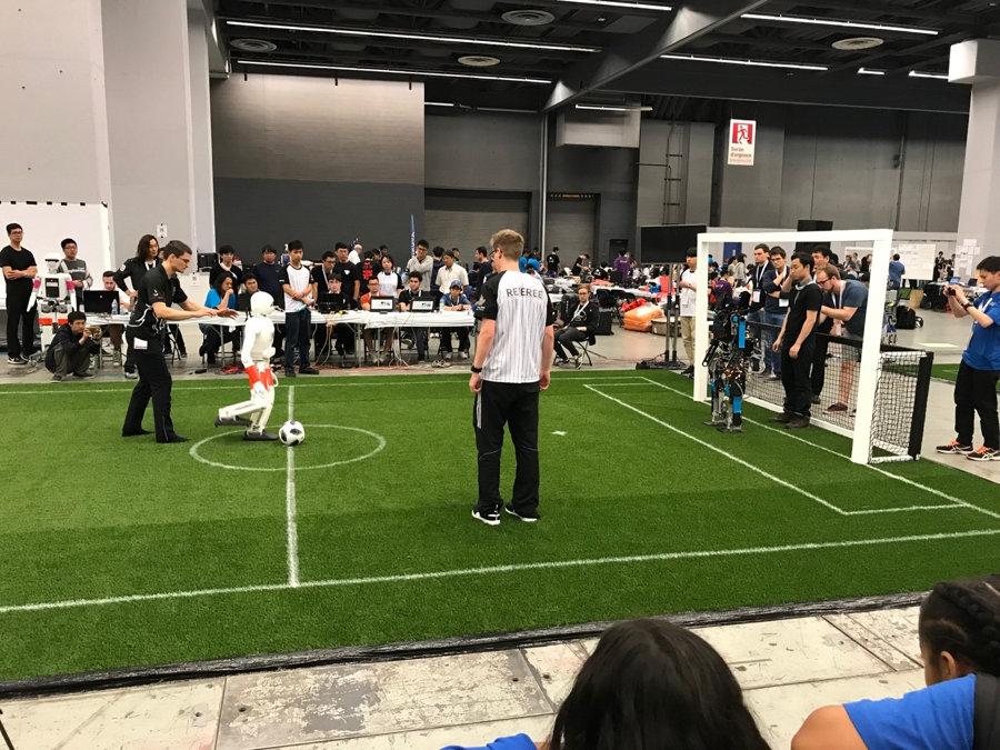 robocup-2018-league-soccer-humanoides