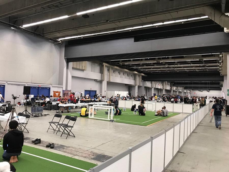 robocup-2018-ligue-soccer-nao-1