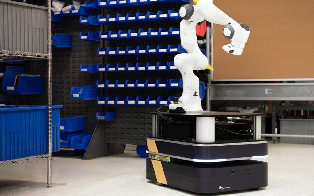 Bras robotique Panda sur plateforme robotique Boxer