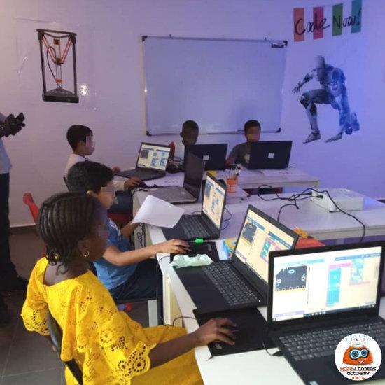 Génération Robots unterzeichnet eine Partnerschaft mit der Happy Coders Academy