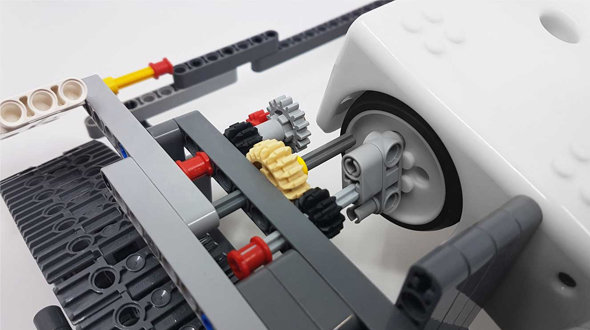 Thymio + Lego: an endless world of possibilities!